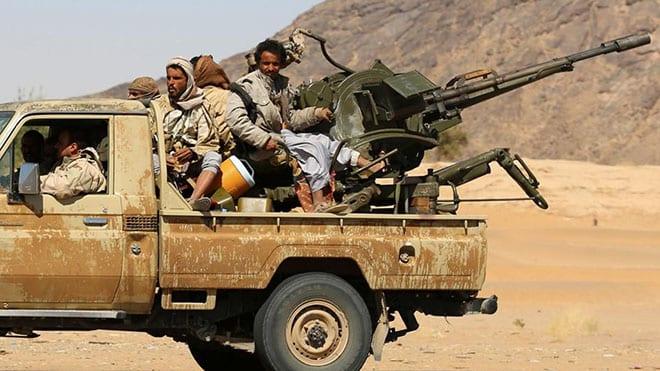 اشتداد المواجهات بين القوات الحكومية وجماعة الحوثي في مأرب والجوف