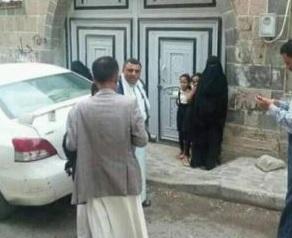 أب يعقد قران طفلتيه لرجلين من كبار السن والأم تلجأ إلى اتحاد نساء اليمن في إب