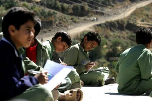 الحرب تلقي بظلال قاتمة على التعليم في الجوف